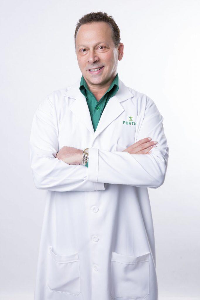 Dr. Erik Fleischman